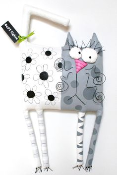 Amazing Home Sewing Crafts Ideas. Incredible Home Sewing Crafts Ideas. Sewing Toys, Sewing Crafts, Sewing Projects, Sewing Stuffed Animals, Stuffed Animal Patterns, Fabric Toys, Fabric Crafts, Cat Crafts, Crafts For Kids