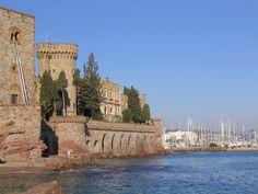 Le château de La Napoule et le sentier du littoral