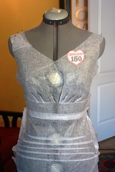 A Wedding Dress for Katie: pattern making - One Little Minute Diy Clothing, Sewing Clothes, Clothing Patterns, Sewing Patterns, Sewing Tutorials, Sewing Hacks, Sewing Crafts, Sewing Tips, Pattern Cutting