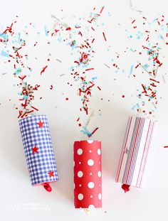 These DIY confetti poppers are a fun, quick and easy birthday craft for kids and adults alike.These easy DIY confetti poppers are safe alternative for kids. Silvester Diy, Silvester Party, Confetti Poppers, Diy Confetti, Fourth Of July Crafts For Kids, 4th Of July Party, July 4th, Kids Crafts, Craft Projects