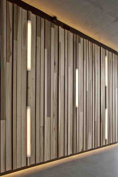 Creative wall design wood paneling interior decoration ideas lighting Source by freshideen Wood Panel Walls, Wooden Walls, Wood Paneling, Paneling Ideas, Outdoor Paneling, Wood Slat Wall, Wooden Wall Panels, Wood Slats, Outdoor Walls