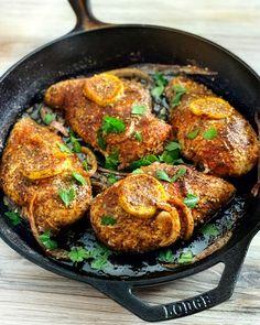 Zaatar Recipe, Oregano Recipes, Cooking Sheet, Drying Dill, Toasted Sesame Seeds, Spice Mixes, How To Dry Oregano, Tandoori Chicken
