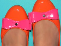Bow Tie Ballet Flats - LOVE the color, think I can make them... maybe.