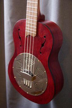Red Tenor ukulele