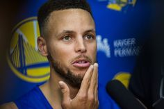 Stephen Curry on a Surreal Day Confronts a Presidential Snub