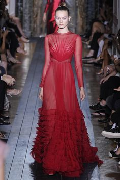 Model: Monika 'Jac' Jagaciak | Valentino Fall Couture 2012 - Runway, Fashion Week, Reviews and Slideshows - WWD.com