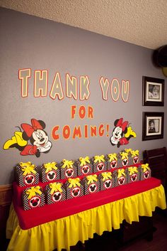 Love the idea, but I wouldn't use it with a Mickey/Minnie Mouse theme. Mickey Mouse Clubhouse Party, Mickey Mouse Clubhouse Birthday, Mickey Mouse Parties, Mickey Birthday, Mickey Party, 2nd Birthday Parties, Birthday Ideas, Mickey Mouse Birthday Decorations, Minnie Mouse Theme Party