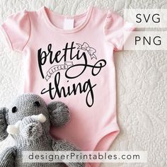 baby svg, svg pretty little thing, baby onesie, cricut ideas, free svg cut file baby Baby Shirts, Onesies, Baby Onesie, Baby Baby, Cricut Baby Shower, Baby Shower Gifts, Easy Baby Blanket, Baby Svg, Free Svg Cut Files