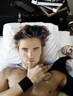 Robert Pattinson. I'm usually a 'only think you're hot when you're Edward' girl. but... WOW