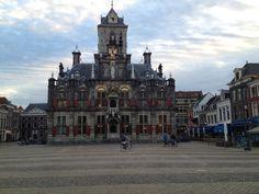 Delft in Zuid-Holland. In deze vind je het departement Lucht- en Ruimtevaart van de TU Delft