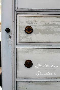 Stiltskin Studios: French Grey...