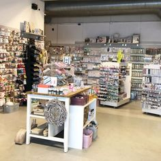 HOBBYKUNST Norge (@hobbykunst) • Instagram photos and videos Photo And Video, Videos, Photos, Instagram, Home Decor, Creative, Pictures, Photographs, Interior Design