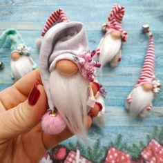Easy as Magic DIY Nordic Christmas Gnomes Scandinavian Gnomes Christmas Gnome, Scandinavian Christmas, Diy Christmas Gifts, Christmas Projects, Gnome Ornaments, Christmas Tree Ornaments, Christmas Decorations, Felt Crafts, Holiday Crafts