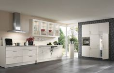 Nobilia German Kitchen Manufacturer & suppliers in Bolton, Wilmslow Nobilia Kitchen, Shaker Kitchen, Kitchen Cabinets, Kitchens And Bedrooms, Home Kitchens, Wooden Kitchens, Tragbarer Grill, German Kitchen, Quality Kitchens