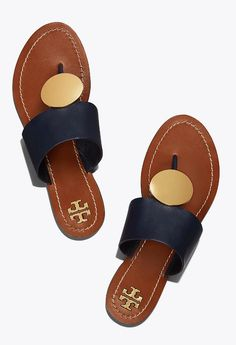 Dear stylist:) Do you carry any Tory Burch shoes. Wouldn't mind trying the Tory Burch Patos Disk Sandal Cute Sandals, Cute Shoes, Me Too Shoes, Women's Shoes Sandals, Heels, Tory Burch Sandals, Leather Sandals Flat, Designer Sandals, Crazy Shoes