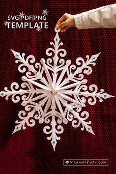 snowflake template and tutorial, giant and small sizes Christmas Paper Crafts, Diy Christmas Ornaments, Christmas Art, Christmas Projects, Holiday Crafts, Christmas Decorations, Snowflake Decorations, Christmas Templates, Paper Snowflake Template