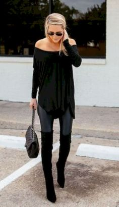 Amazing 38 Casual-Chic Style to Look More Chic https://clothme.net/2018/02/10/38-casual-chic-style-look-chic/