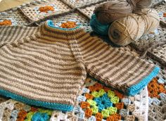 Latte Baby Sweater - i love the little pop of blue on this