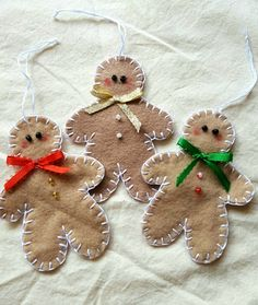 Go to the webpage to learn more on DIY Christmas Projects Gingerbread Ornaments, Christmas Ornaments To Make, Felt Ornaments, Homemade Christmas, Christmas Projects, Felt Crafts, Holiday Crafts, Christmas Crafts, Christmas Decorations