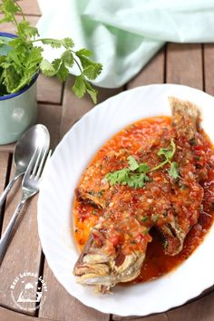 Finally I am able toshare with you this Ikan Masak 3 Rasa (Thai Malay Sweet & Sour Fish). I could not take clearer picture when the first...