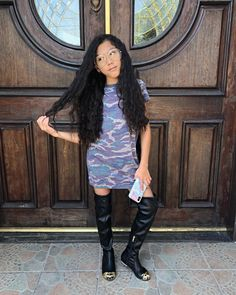 Image may contain: 1 person, standing and shoes Preteen Fashion, Teen Girl Fashion, Kids Fashion, Cute Preppy Outfits, Cute Outfits For Kids, Little Girl Models, Little Girl Outfits, Mother Daughter Matching Outfits, Cute Celebrities