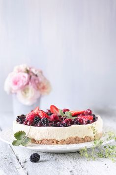 Kaura-juustokakku | K-ruoka #cheesecake Healthy Baking, Cheesecake Recipes, Cheesecakes, Yummy Cakes, Deserts, Food And Drink, Sweets, Snacks, Eat