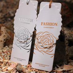Envío gratis personalizada alta calidad 600 gsm white paper etiquetas, hot silver / gold stamping etiquetas / etiquetas colgantes