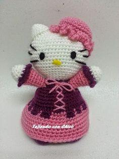 Hola de nuevo: Esta vez os dejo el patrón y video-tutorial de esta Kitty mesonera. La muñeca que aparece en la fotografía está tejida...