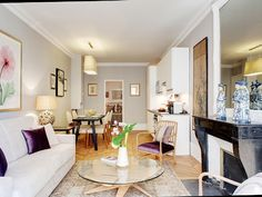 kid friendly Luxury Holiday apartment in 9th Arrondissement Opera