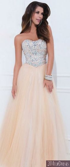 (PRE-ORDER) Tony Bowls 2014 Prom Dresses - Champagne Embellished Strapless Sweetheart Mesh Gown from Unique Vintage. Saved to prom dresses:). Grad Dresses, Dance Dresses, Homecoming Dresses, Evening Dresses, Bridesmaid Dresses, Formal Dresses, Dress Prom, Prom Gowns, Dresses Dresses