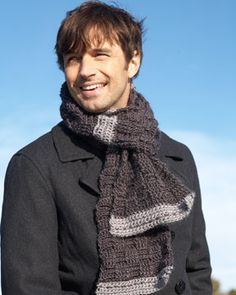 A rugged weave pattern makes this scarf a great choice for the stylish guys in your life. Shown in Bernat Sheep(ish) by Vickie Howell.