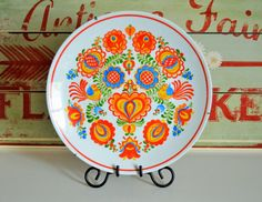 Vintage Hand-painted Ukrainian folk art wall plate by Trashtiques