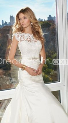 lace wedding dress britt I picture you in lace