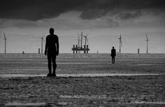 Antony-Gormley-another-place-3