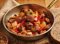 Σπετσοφάι | Συνταγή | Argiro.gr Food Categories, Greek Recipes, Kung Pao Chicken, Feta, Ethnic Recipes, Greek Food Recipes, Greek Chicken Recipes