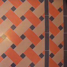 Buy Tucked Mosaic Floor tiles Inset (centre), Victorian Mosaic patterns - Victorian mosaic pattern tiles - sold by the m2 Tucked pattern border design matches