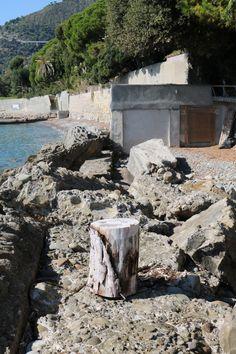 Latte Frazione di Ventimiglia (IM)  spiaggia di levante