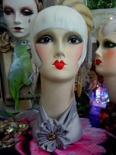 70 Idee Su Mannequin Manichino Vintage Vetrine Di Negozio Di Abbigliamento Negozi Di Scarpe