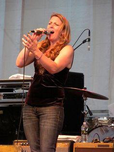 Susan Tedeschi Derek Trucks Band, Susan Tedeschi, Tedeschi Trucks Band, You Rock, Best Rock, Stevie Nicks, Good Music, Blues, Celebrities