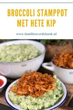 Broccolistamppot met hete kip Broccoli stew with hot chicken. I Love Food, Good Food, Yummy Food, Good Healthy Recipes, Vegetarian Recipes, Easy Diner, Fast Food, Slow, Happy Foods