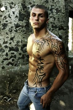 one of the few tattoos I would encourage on a guy. super hot!