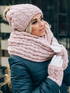 Pom Pom Hat lined with fleece Mittens Infinity Scarf Set Pink Fur Pom Pom beanie Winter Hat Scarf Mittens Gloves set, Gift for wife, - Outfits Winter Outfits, Casual Outfits, Fashion Outfits, Womens Fashion, Fashion Trends, Fashion Inspiration, Nude Outfits, Trending Fashion, Girly Outfits