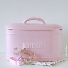 love this pink & I need something to keep bread fresh ~ although we don't eat a lot of it, it could hide kitchen stuff we do not use much~ yeah, th…