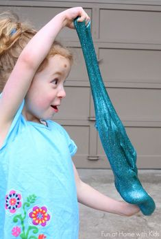 How to make slime using laundry detergent!  A NEW recipe for slime making from Fun at Home with Kids that uses neither borax nor liquid star...