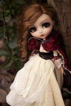 Trying to be Red Riding Hood. Bratz Doll, Blythe Dolls, Pretty Dolls, Beautiful Dolls, Pop Dolls, Baby Dolls, Digital Art Girl, Cute Cartoon Wallpapers, Doll Repaint