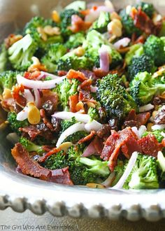 This is the best Broccoli Salad recipe and is always the first to go at BBQs and potlucks. This Broccoli Salad recipe is full of bacon, almonds, raisins (or craisins), and onion. Best Broccoli Salad Recipe, Salad Recipes, Brocolli Salad, Broccoli Bacon Raisin Salad, Broccoli Rice, Broccoli Recipes, Chicken Broccoli, Cheesy Chicken, Bacon Recipes