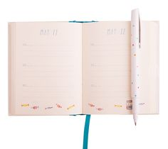 Embrace the beauty of positive thinking and use this unique journal to capture a highlight a day. Over three years create a unique collection of beautiful insights that will help you recognise change, growth and happiness.