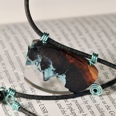 Equilart's product - Wood, resin and wire pendant - Equilart - art and craft marketplace