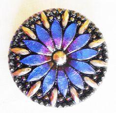 One 31mm iridescent Czech glass button, sapphire blue flower button with gold accents, floral decorative shank buttons 03301