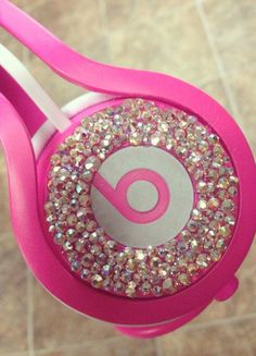 Cheap Beats By Dre,Beats Solo HD headphones by Dr Dre,Best Gifts for Boys and Girls - The Perfect Gift Store Cute Headphones, Wireless Headphones, Cheap Beats, Beats Pill, Beats By Dre, Everything Pink, Iphone Accessories, Girly Things, Girly Stuff